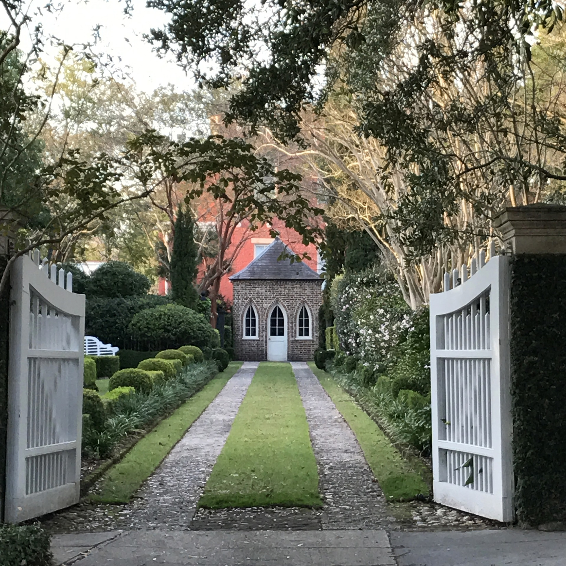 5 Factors To Keep In Mind For An Entrance Gate
